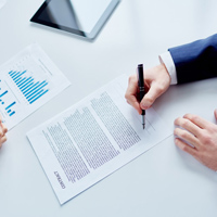 تهیه و تنظیم قرارداد های تجاری